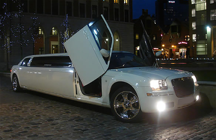 Chrysler 300 Wedding Car